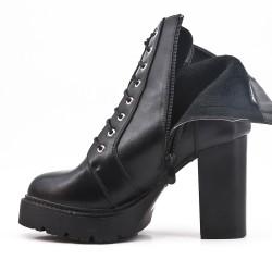 Bota de piel imitación negra con plataforma