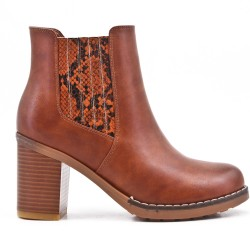 Camel ankle boot in faux leather with heel