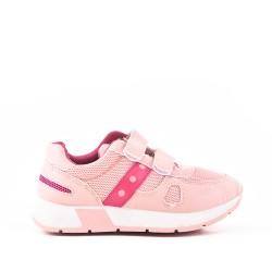 Cesta infantil rosa con rasguño