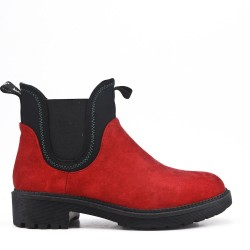 Red ankle boot in faux suede elastic yoke