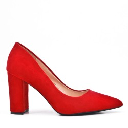 Red pump in faux suede with pointed toe