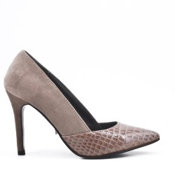 Two-material gray low-heeled pump