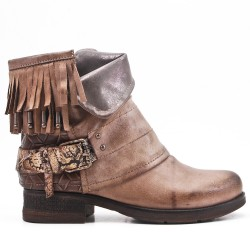 Khaki leather ankle boot with bangs
