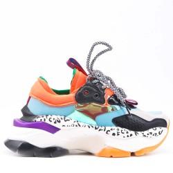 Basket multicolore à semelle crantée