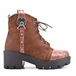 Bi-material camel boot with big heel