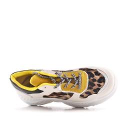 Basket blanche à motif léopard avec lacet
