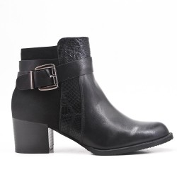 Bi-material black boot with buckled straps