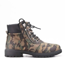 Military lace-up boot