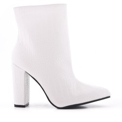 White ankle boot with faux leather