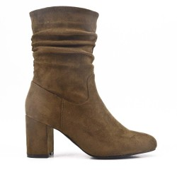 Green boot in faux suede with heel