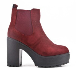 Red wine ankle boot in faux suede with heel and platform