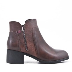 Brown imitation leather ankle boot with zipper