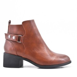 Camel ankle boot with faux leather