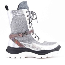 Silver ankle boot sequined with lace