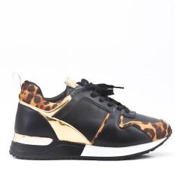 Basket noire à motif léopard avec lacet