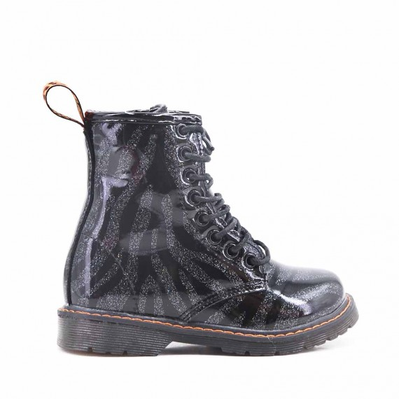 Black girl's boot in laced lacing