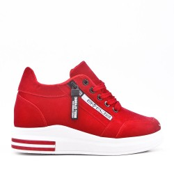 Red lace-up tennis