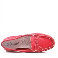Red comfort moccasin in faux leather with bow
