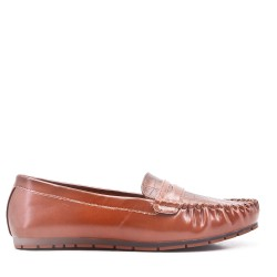 Moccasin in camel faux leather