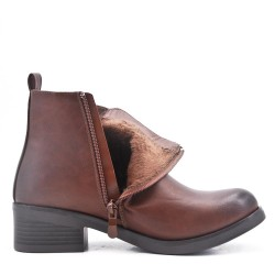 Brown ankle boot in elasticated leatherette