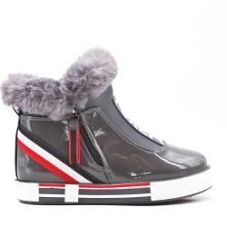 Ankle boots with fur