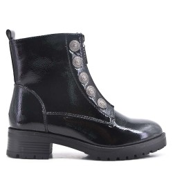 Varnish faux leather ankle boot