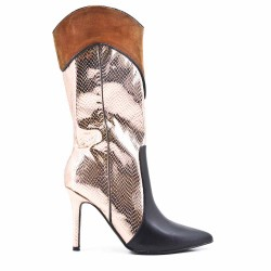 Boot with stiletto heel