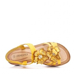 Women's flat thong sandals in faux leather
