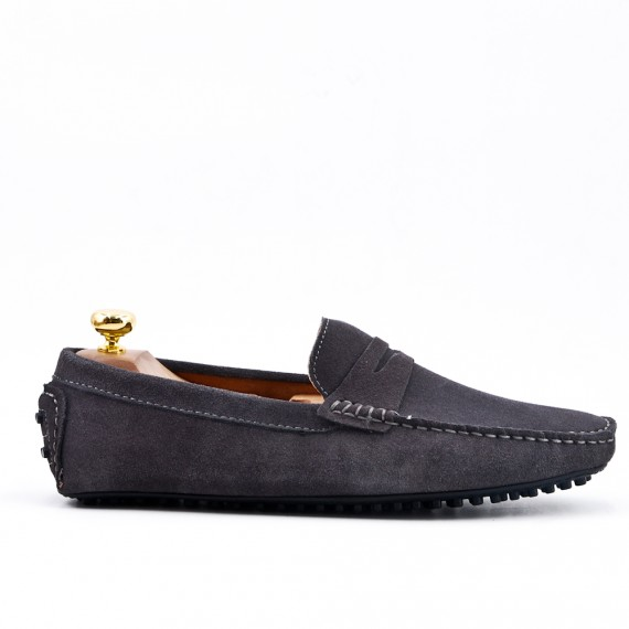 Gray moccasin suede flanged leather