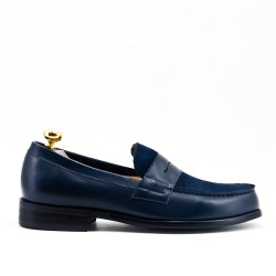 Navy blue leather moccasin with flange
