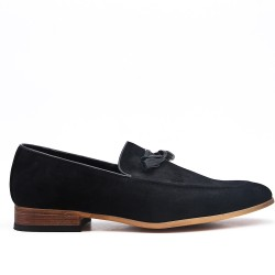 Black moccasin in faux suede with pompom