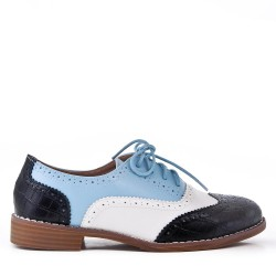 Women's lace-up oxford in material mix