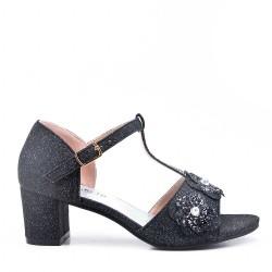 Sandal girl with small heel