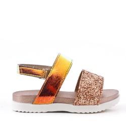 Sandalia plana para niña