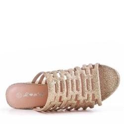 Sandalia de tacón de piel sintética