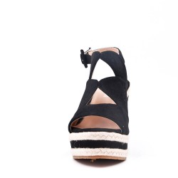 Sandalia con cordones en gamuza sintética