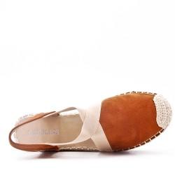 Sandalia de cuña con suela de alpargata