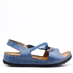 Flat sandals sizes 39-42 in faux leather for women