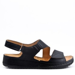 Sandale plat tailles 39-42 en simili cuir pour femme