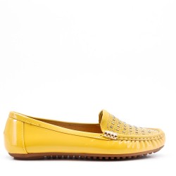 Patent moccasin for women