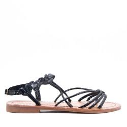 Sandalia plana para mujer en piel sintética