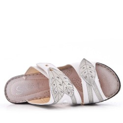 Sandalia de cuña de piel sintética para mujer