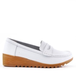 Moccasin at small compensation