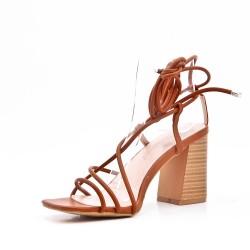 Sandalia de tacón encaje de cuero para mujer