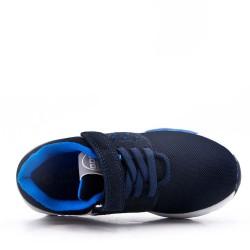 Zapatilla infantil azul marino con rasguño