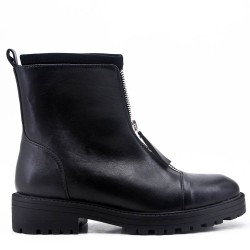 Black flat ankle boot in faux leather For autumn and winter