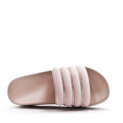 Slipper with thick sole