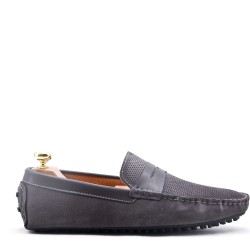 Moccasin in suede flanged leather