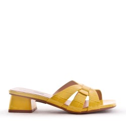 Comfort sandal in faux leather with a small heel