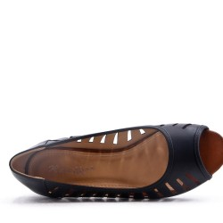 Faux leather comfort shoes